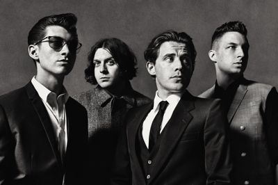 Didn't manage to get to Glastonbury this year? Fret no longer, Friday's headliner Arctic Monkeys are about to embark on a UK tour. Here're the dates! OCTOBER 22 – Newcastle Metro Radio Arena […]