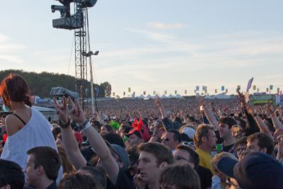 We have to be honest, the line-up for Download 2010 wasn't getting SPHERE too excited, but there was a more than the usual buzz in the air when we arrived […]