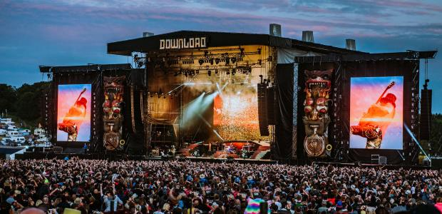 Download Festival day two, let's do this. Photo credit:James Bridle DOWNLOAD 2018 To be honest, the Von Hertzen Brothers were a band that I had never heard of before their […]