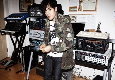 A compilation of Neon Indian remixes has been uploaded online in the run-up to the release of their second album. Twin Shadow, Yacht and Toro y Mio are among the […]