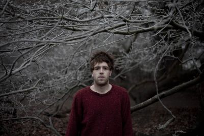 York's Benjamin Francis Leftwich is set to release his debut album 'Last Smoke Before The Snowstorm' on June 20. Tour dates in June are listed here. At just 21 years […]
