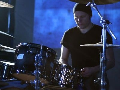 """Pitchshifter rock metal drummer Jason Bowld launches his very own 'Remote Sessions' service,collaborating with an eclectic mix of artists and styles. """"I live for session work"""" Jason says. """"The Bullet […]"""