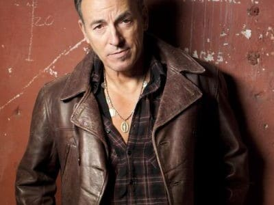 Check out the new video of the single 'Death To My Hometown' performed live by Bruce Springsteen, taken from his new album 'Wrecking Ball' which was released on March 5. […]
