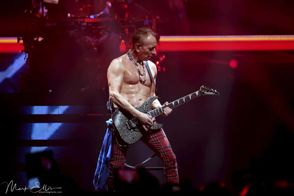 LIVE REVIEW: DEF LEPPARD w/ CHEAP TRICK [SHEFFIELD ARENA]14th