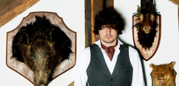 Post-Galtres Festival, we chat to York music legend and ex-Seahorses and The Yards man Chris Helme about his most recent material and get some thoughts on his local music scene […]