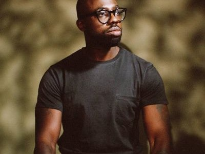 Two years after the release of his debut album, 'Peanut Butter Blues and Melancholy Jam', Ghostpoet announces his second album 'Some Say I So I Say Light' which will be […]