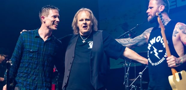 Rockin' the Blues 2019 – The only UK pitstop on this European Tour with 3 exponents of the genre, the fresh rock feel of Kris Barras, a grandmaster in Walter Trout and the still looking young but with over 20 years' experience that is Jonny Lang.