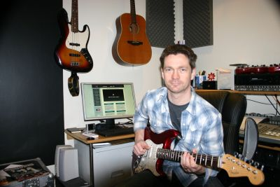 For our next industry spotlight Ed Taylor talks with James Henderson of Step By Step Guitar Tuition. James has been a dedicated guitarist for many years and with a new […]