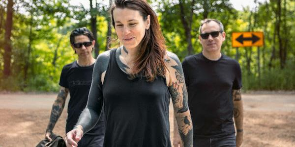 Bloodshot Records and Laura Jane Grace & the Devouring Mothers are excited to announce theFriday, November 9release of the band's full-length debut album titled Bought to Rot (pre-order). 14 tracks […]