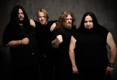 A change of bassist has been confirmed by Fear Factory, as preparation for a new album continues. Matt DeVries, who has just parted company with Chiamara, shall replace Byron Stroud, […]