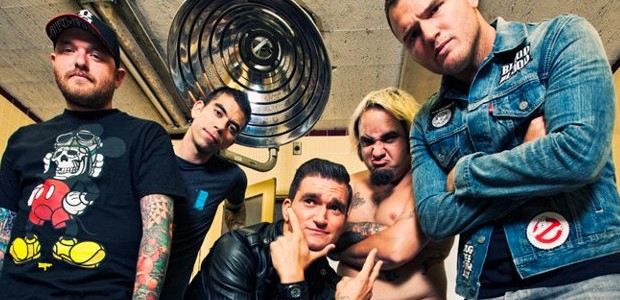For seventeen years New Found Glory have been a household name in the pop punk world, influencing countless bands and delivering an unrivalled endurance in their live shows. To honor […]