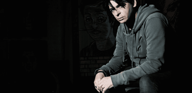 Gary Numan has today released video for track 'When The World Comes Apart' from forthcoming album 'Savage' due this month, 15th September. The video was shot by Paul Green at Numan's live show in Liverpool this July. 'When The World […]