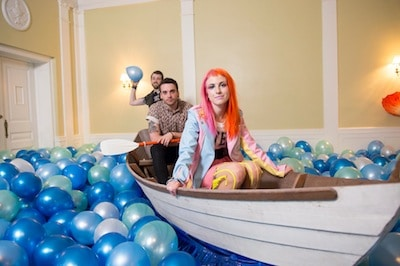 Grammy nominated and multi million selling three-piece Paramore are able to announce today that they will be returning to the UK and Ireland to play 6 shows in September 2013.  This will […]