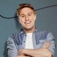 It was announced today (Wednesday, April 9, 2014) that Russell Howard will add a major autumn extension to the UK leg of his sold-out 2014 Wonderbox world tour.