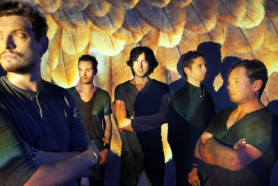 """Multi-platinum Irish/Scottish five-piece Snow Patrol release their sixth studio album 'Fallen Empires' on Fiction Records on November 14, 2011. Recorded in Los Angeles with long-time producer Garret """"Jacknife"""" Lee, 'Fallen […]"""