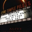 The Stone Temple Pilots&#8217; &#8216;Alive In The Windy City&#8217; DVD is a full on energetic outpouring of rock &#8216;n&#8217; roll awesomness! It was filmed in the Riviera Theatre in Chicago...