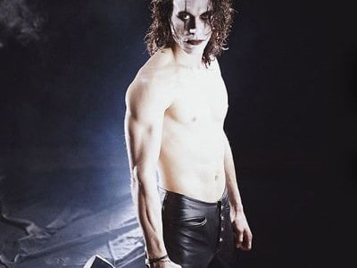 City Screen is bringing Brandon Lee back from the other side as the finale to York Goth Festival, DV8Fest. Lee's final movie 'The Crow' (18) is to screen on Monday, […]