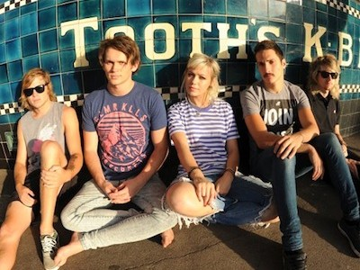 Sydney five-piece Tonight Alive will be following up the release of debut album 'What Are You So Scared Of?' with the single 'Listening', set for release (download only) on January 14 through […]