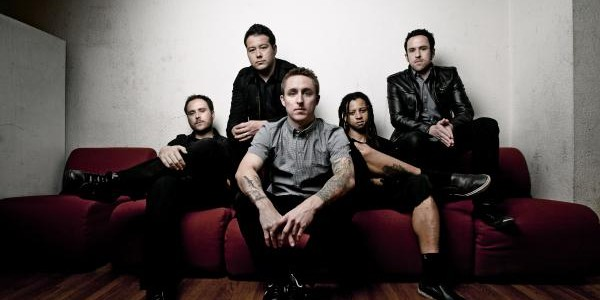 """We all have a story. These are of survival and staying positive.""  This is the message conveyed in the video to Yellowcard's new single, 'Sing For Me'. The band perform […]"