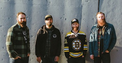 "Four Year Strong have had a turbulent few years after breaking out in 2008 with their (then-unique) blend of catchy pop-punk and thunderous breakdowns. One lost member, a ""mature"" third […]"
