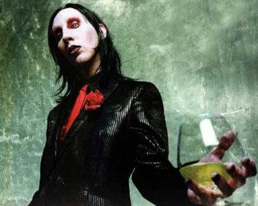 Marilyn Manson has been dropped by his record label Interscope after his last album sold badly in America.   The shock rock artist was released from his contract after 'The […]