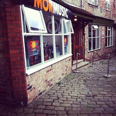 mor music new shop