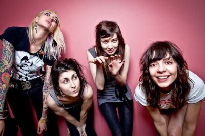 Following the success of their first flexidisc release in the summer, Atlanta's The Coathangers are bringing out another this month. The limited-edition release, 'Hurricane' backed with 'Johnny', is pressed on […]
