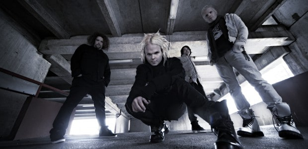 Legendary Finnish alt-rockers, The Rasmus, once again strike that chord of familiar Nordic melancholia with 'Silver Night'. The chilling new single is the latest taster of the long-awaited album, Dark Matters, which […]