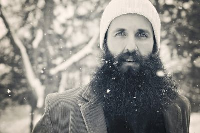 Pennsylvanian indie singer-songwriter William Fitzsimmons visits the UK and Ireland to perform seven shows in November. On the back of critical praise for his 'Gold In The Shadow' LP, released […]