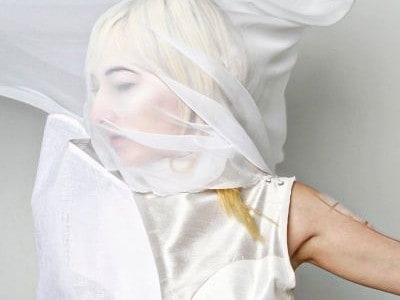 "The promo video for the new Zola Jesus single has been revealed. The artist says of the film for 'Vessel'; ""Science fiction, wave phenomena, and the abstracted metamorphosis of the […]"
