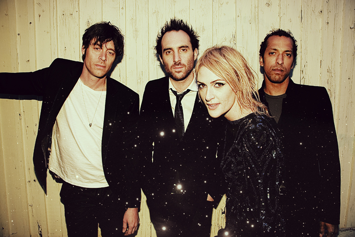 Metric-Press-Shot