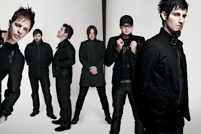 PendulumPressShot2010edit